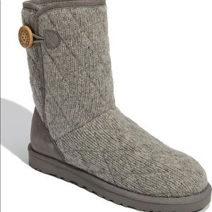 UGG Australia 'Mountain' Quilted short Gre…